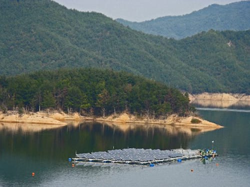 K-water's 1st SOLATUS solar power plant on Hapcheon Dam