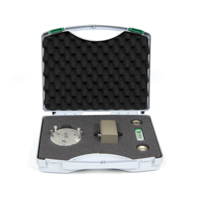 The field spectroradiometer complete package includes the spectrovision software and a protective case.